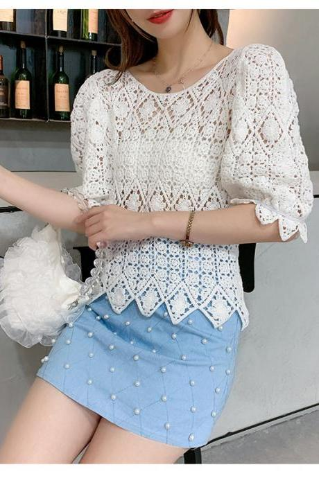 Heavy hollow hook, slim, short bubble sleeves, lace fashion blouse