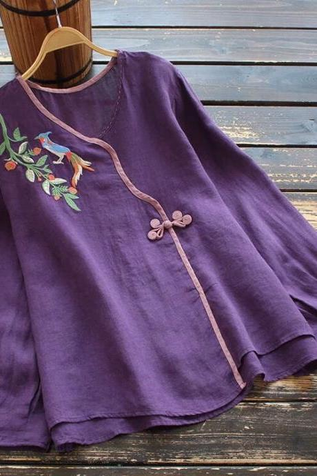 New style retro, art long sleeve T - shirt, button embroidery embroidery, color cotton linen blouse