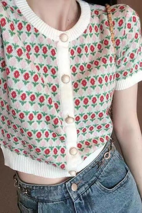 New style, vintage, round neck pearl button ,short sleeve knitted top, floral slim small crop top