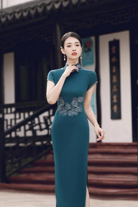 New,fashion ladies embroidered cheongsam, long party dress,chinese style
