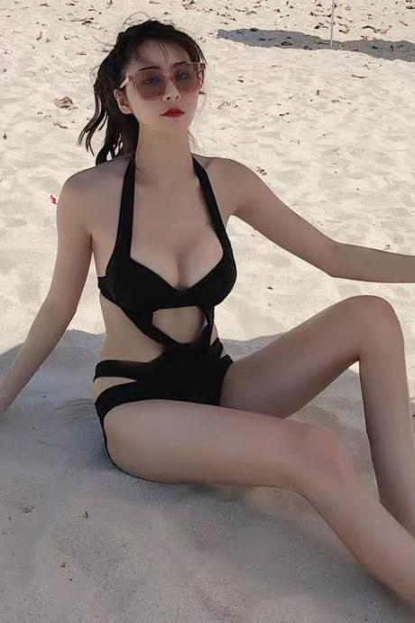 Fashionable, sexy, black hollow-out, steel strap strap bikini, spa one-piece bandage swimsuit