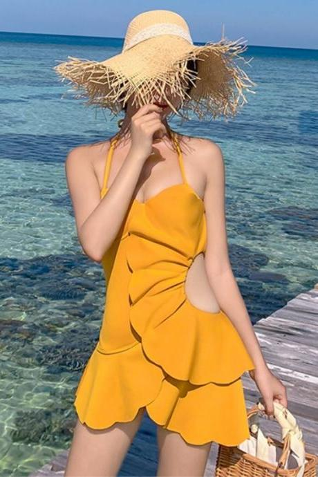 Ginger yellow hollowed-out one-piece swimsuit, backless hot spa holiday swimsuit